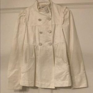 Beautiful Zara White Ruffled cropped trench coat